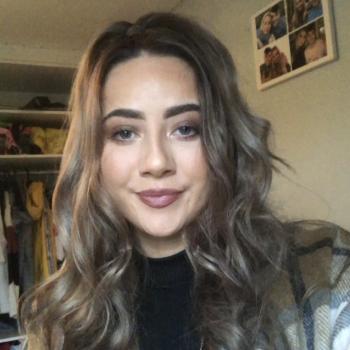 Babysitter in Killarney: Alana