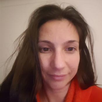 Baby-sitting Cannes: job de garde d'enfants Sarah