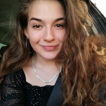 Babysitter in Adelfia: Nicasia