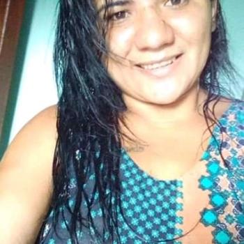 Babysitter in Goiânia: Valeria