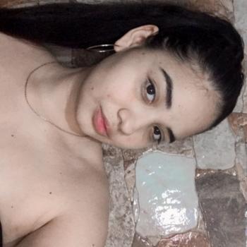 Niñera en Escazú: Karon