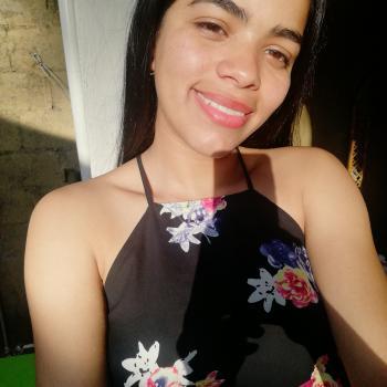 Babysitter in Naranjo: Ana Gabriela