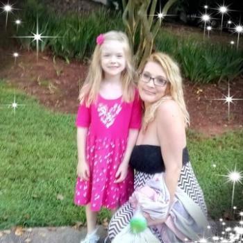 Babysitter in Lilburn: Laura