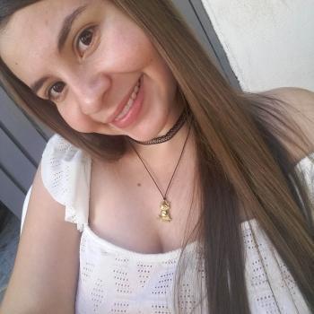 Niñera Yotoco: Claudia