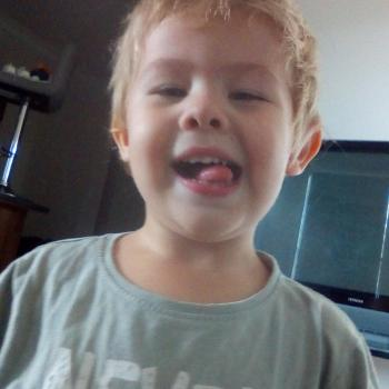 Parent Gold Coast: babysitting job Stevie