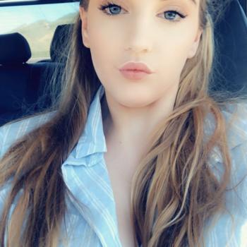 Babysitter Rotorua: Courtney