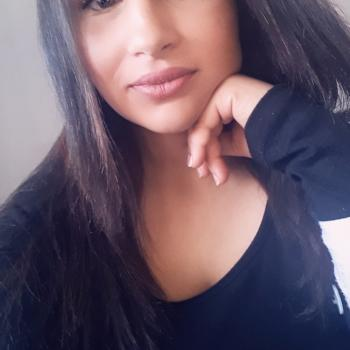 Babysitter Charleroi: Malika