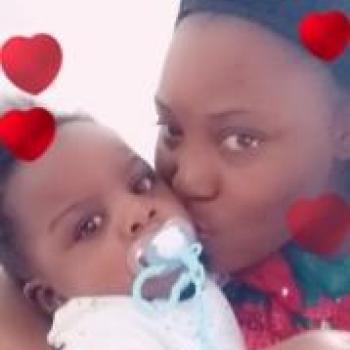 Babysitter Argenteuil: Elvire