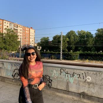 Niñera Vitoria: Aisha