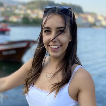 Niñera Vigo: María