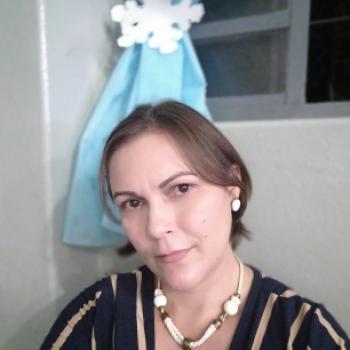 Babá Araçatuba: Isabela