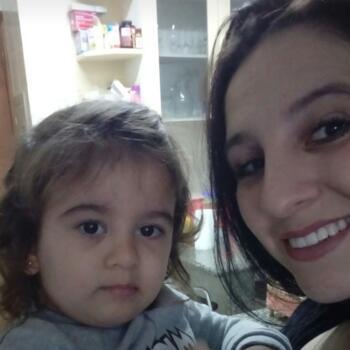 Babysitter in Blumenau: Lena