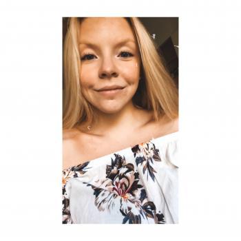 Babysitter Linköping: Amanda