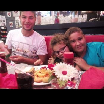 Babysitter Saint-Louis: Girard