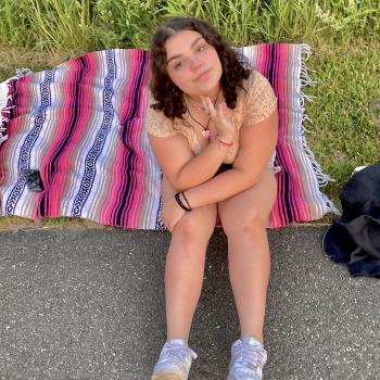 Babysitter in Sandy Hook (Connecticut): Madison