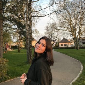 Babysitter Strassen: Isabella