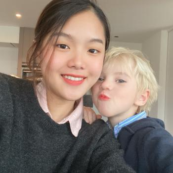 Babysitter in Brugge: Tillaka