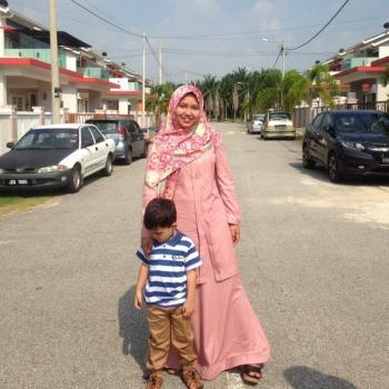 Babysitter in Kuala Kubu Baharu: Atirah