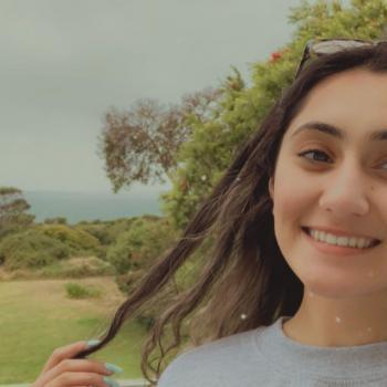 Babysitter Melbourne: Nakhita