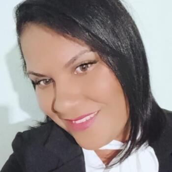 Babá em Santa Luzia: Maria Cecília