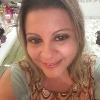 Babysitter Almada: Adriana