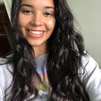 Babysitter Winnipeg: Mariana