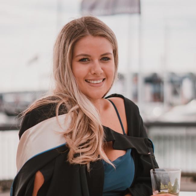 Babysitter in Auckland: Lucy