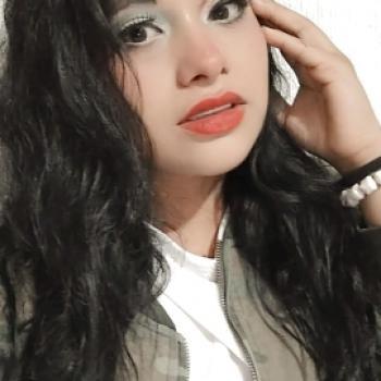 Niñera León: CLAUDIA