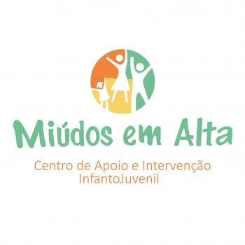 Childcare agency Lisbon: Miúdos em Alta