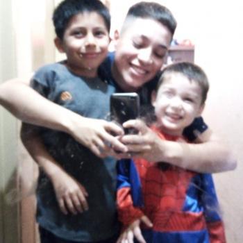 Babysitter Argentina: Abril