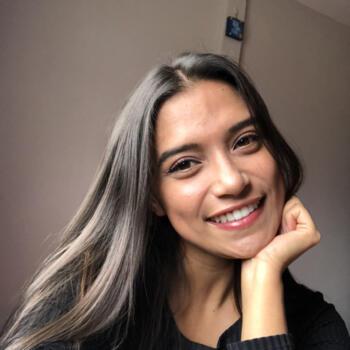 Niñera en El Tejar: María José