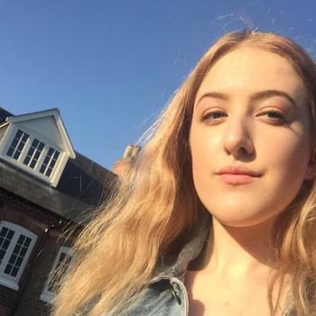 Babysitter Nottingham: Louisa