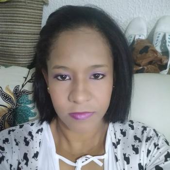 Niñera Bogotá: Leris