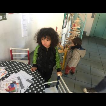 Baby-sitter Le Mans: Rania