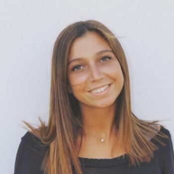 Babysitter Estoril: Cláudia Ferreira