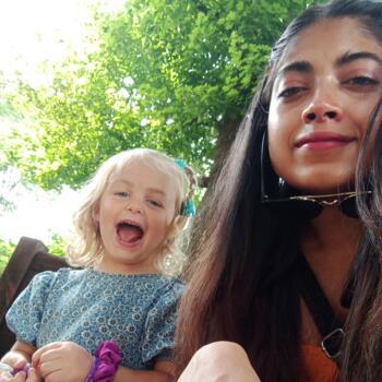 Babysitter in Joure: Sneha