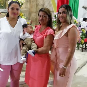 Babysitter Marinilla: Yudi maria