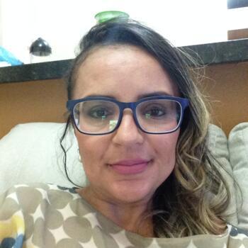 Babá em Brasília: Magaly