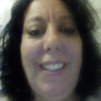 Genitore Ladispoli: lavoro per babysitter Luciana Carratoni