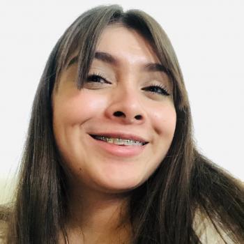 Niñera León: Vania Atenas