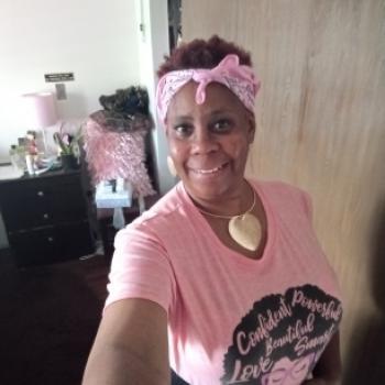 Babysitter in Altadena: Debbie