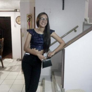 Niñera Floridablanca: Sylvia