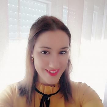 Babysitter Castelo Branco: Adriana