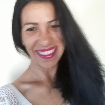 Babá em Porto Alegre: Angela