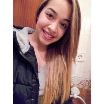 Babysitter Santa Coloma de Gramenet: Maryory Torres