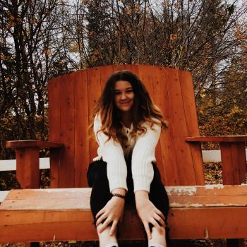 Baby-sitter Saskatoon: Roslyn