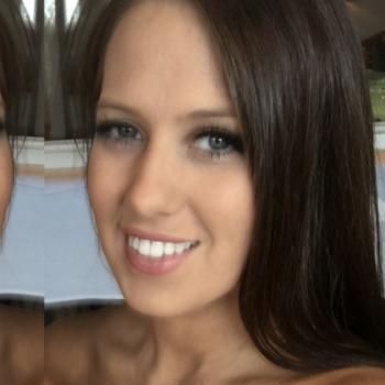 Babysitter Sydney Olympic Park: Nicole