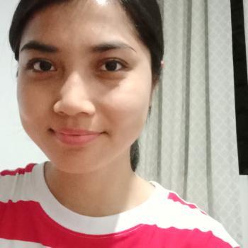 Babysitter in Singapore: Aqilah