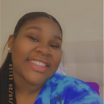 Babysitter in Columbia (Maryland): Iyonna