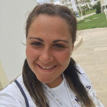 Babysitter a Casoria: Elena